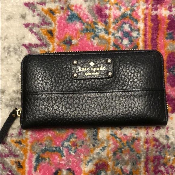 kate spade Handbags - Kate Spade New York Black Leather Zippered Wallet